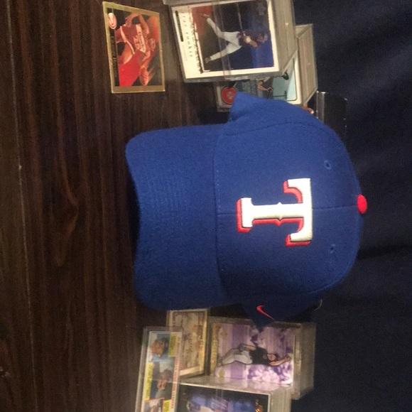 Texas Rangers Retro Nike Baseball Cap